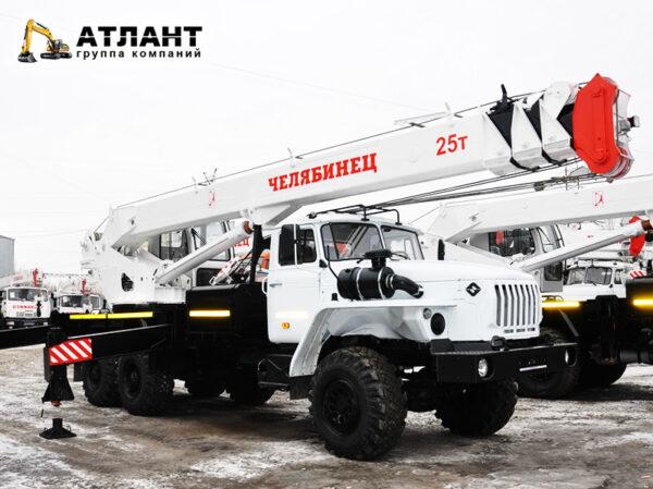 Автокран Челябинец 25 тонн Стрела 20м.
